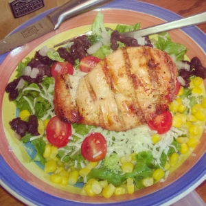 """Pretty and Colorful """"Mexican"""" Salad"""